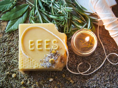 DIY Hand Poured Herbal Academy | Herbal Academy | Are you looking for a simple way to enjoy the ambiance of candlelight without all the chemicals? Try making your own hand poured herbal candles instead!