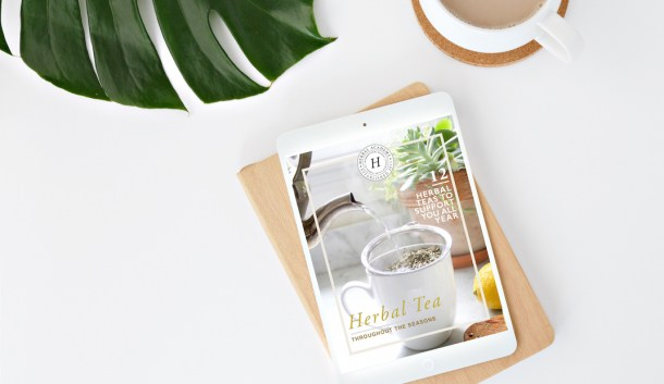 Social Free Herbal Teas throughout the Seasons ebook by Herbal Academy