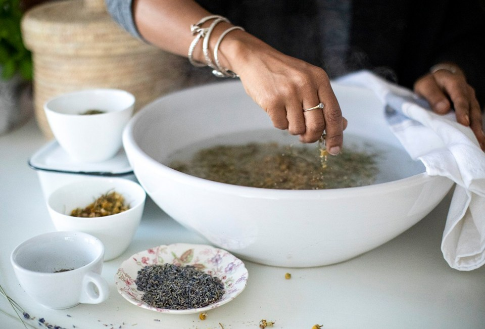 Introductory Herbal Course - herbal steam