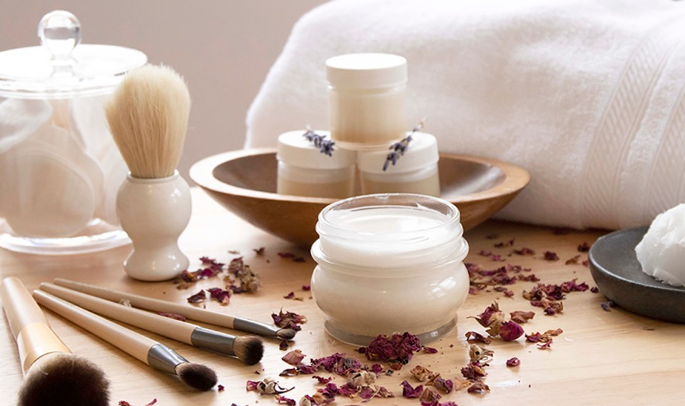 Botanical Skin Care Course Background cosmetics