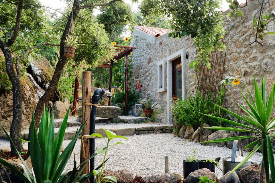 Cat Seixas' handmade home in Portugal