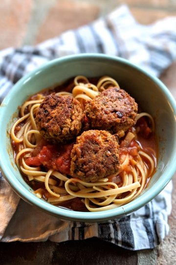 vegan gluten free tvp meatballs recipe homeamde healthy high protein vegan detox recipes sheet pan meal make ahead pantry staple ingredients is tvp gluten free