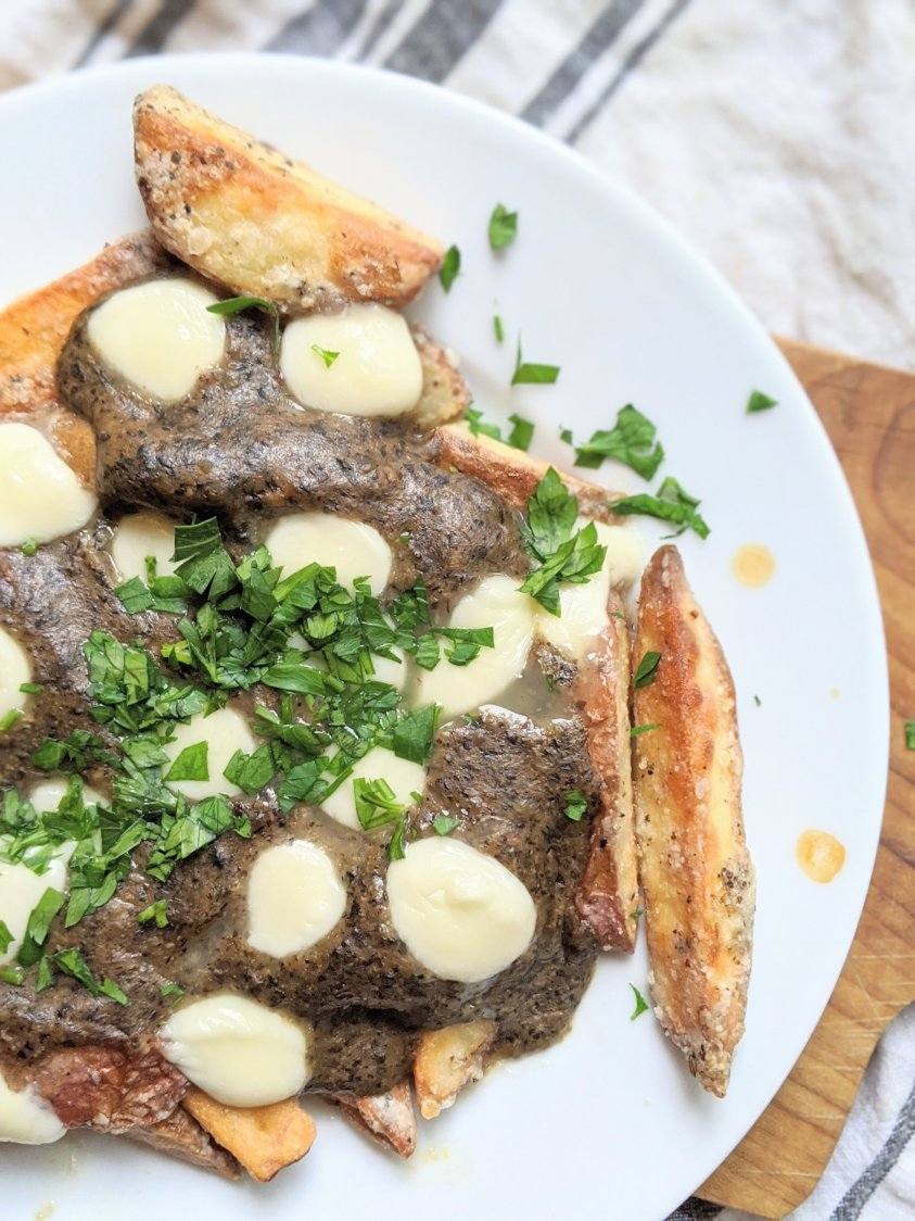 healthy vegan poutine recipe gluten free vegetarian meatless crispy potatoes parsley healthy poutine recipes for canada day or thanksgiving or christmas mushroom gravy