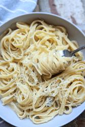 vegan white wine pasta sauce recipe healthy gluten free dairy free vegetarian meatless monday veganuary