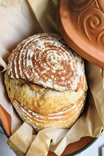 clay pot sourdough bread, how to make sourdough in a clay pot bake in romertopf schlemmertopf loafnest vegan no eggs dairy free