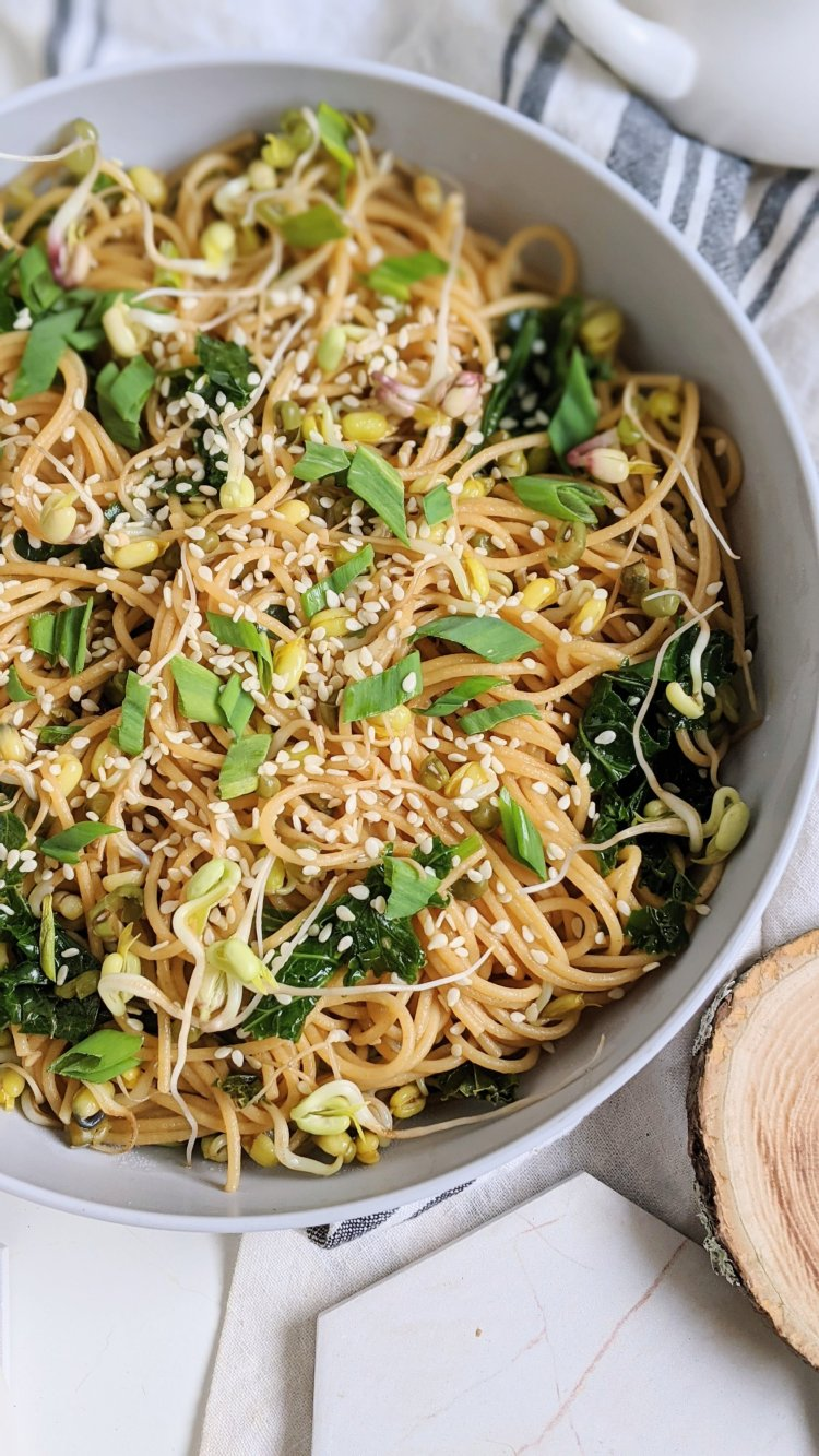 kale garlic noodles with bean sprouts and sesame seeds vegan gluten free vegetarian veganuary meatless monday recipes with pasta noodles