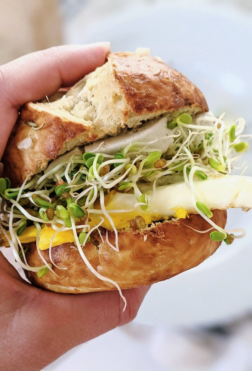 vegetarian pretzel sandwich ideas with egg and veggie pretzel bun sandwiches vegetarian high protein brunch sandwich recipes for entertaining guests crowd pleaser brunch recipes