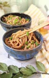 instant pot honey garlic noodles recipe pressure cooker vegan gluten free vegetarian plant based 15 minute recipes for dinner