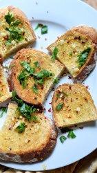 sourdough garlic bread recipe in the oven vegan dairy free vegetarian side dishes pasta spaghetti dinner sides healthy garlic bread with sourdough