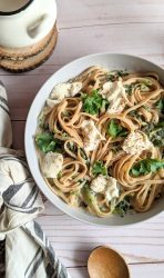 kale ricotta pasta recipe vegetarian and vegan ricotta pasta noodles with kale garlic onions and olive oil pasta dishes