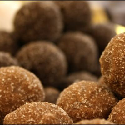 Chocolate Truffles for Chocolate Monday!!