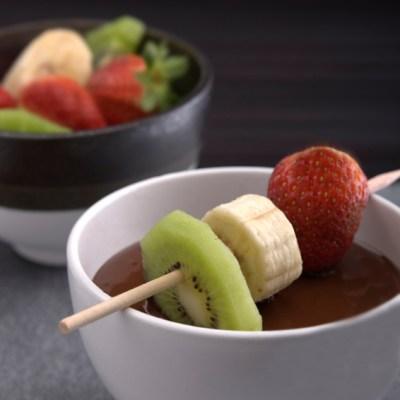 Orange-Chocolate Fondue for Valentine's Day and Chocolate Monday!