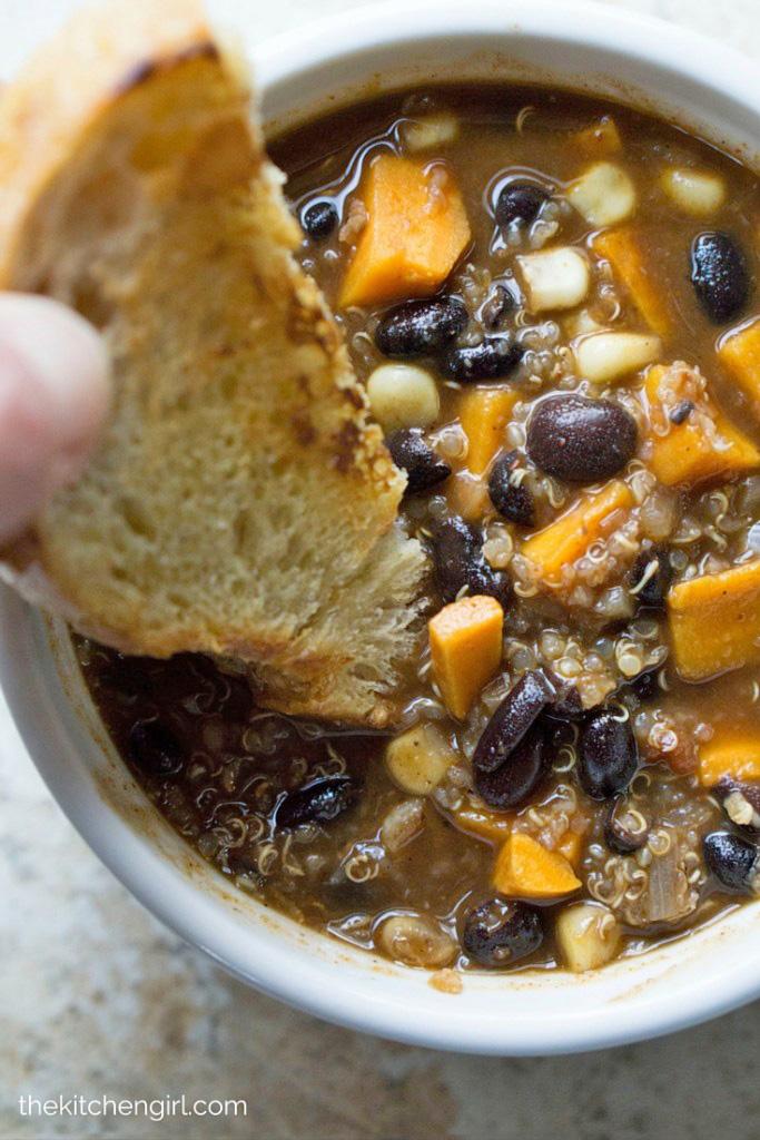southwest-sweet-potato-quinoa-black-bean-chili_03