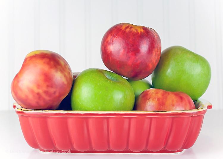 Sweet Endings Apple Desserts Round Up; ©2016 Jane Bonacci, The Heritage Cook