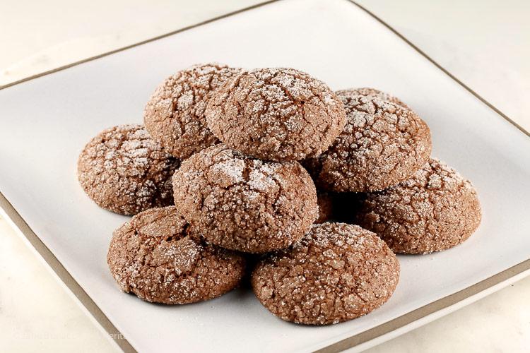 Dark Chocolate Bourbon Crackle Cookies © 2017 Jane Bonacci, The Heritage Cook