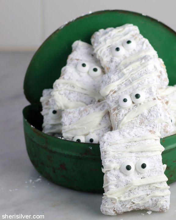 Mummy Buddies; Spooky Halloween Treats collection; Jane Bonacci, The Heritage Cook 2017