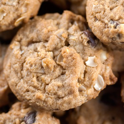 Chewy Oatmeal Chocolate Chip Cookies (Gluten-Free)