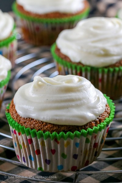 Spice Cupcakes with White Chocolate Cream Cheese Frosting (Gluten Free)
