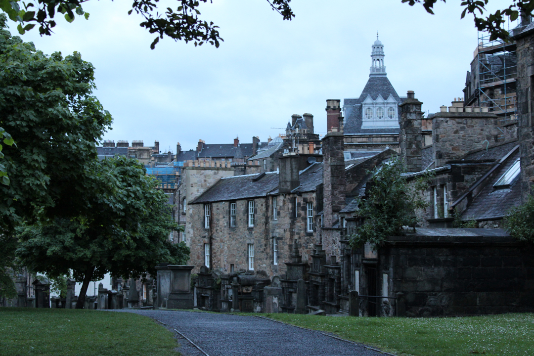 greyfriars kirkyard in the evening