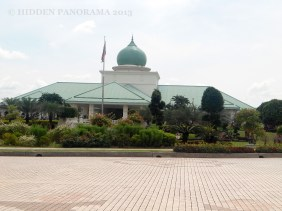 RM1(MYR) Putrajaya Tour – An Almost Free City Tour
