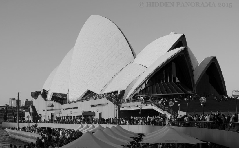 Chromatic Outlook : Sydney Opera House