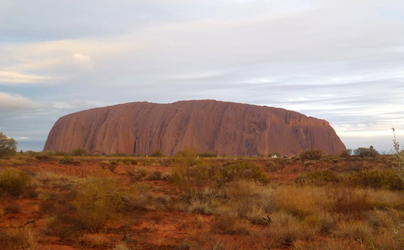 Natural Wonders : Uluru (Ayers Rock)