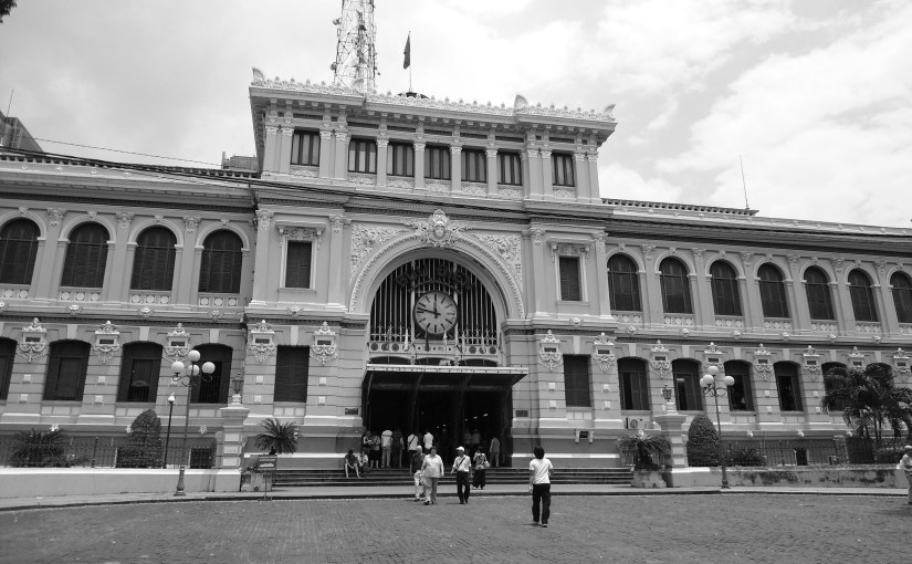 Chromatic Outlook : Saigon Central Post Office