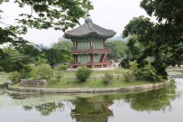 Gyeongbokgung (Palace Greatly Blessed By Heaven) – Back to the Past Adventure – Part 1