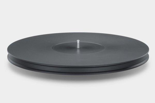 Mobile+Fidelity+StudioDeck+Platter+Detail-ef7ea64d