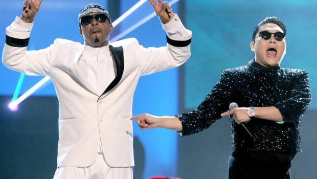 Mc Hammer and Psy AMA's 2012