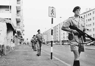 British street patrol in Aden