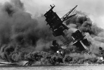 USS Arizona: Brothers Down