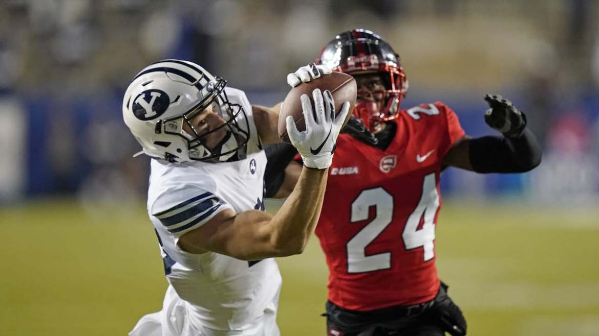 BYU Football: Cougars Rise to No. 9 on the AP Top 25