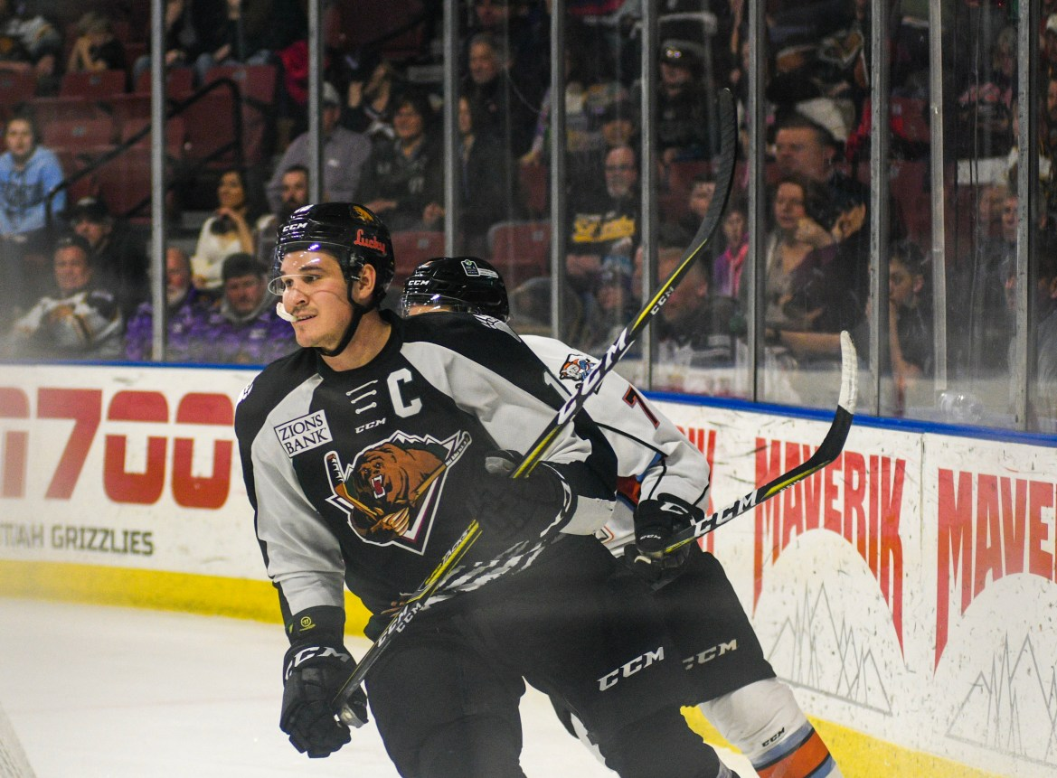 The Utah Grizzlies look to rebound at Home against the Mavericks this Weekend