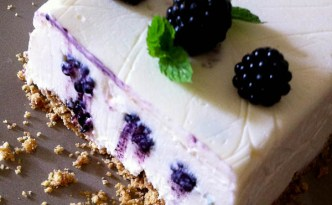 Wild Blackberry Cheesecake