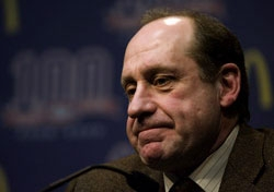 Canadiens' GM Bob Gainey