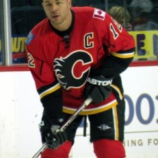 Calgary Sniper Jarome Iginla. 28+ goals in 10 consecutive seasons. Horcoff`s career high? 22 goals (Resolute: Wikipedia Commons)