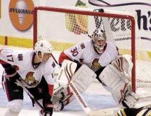 Elliott first appeared in the NHL as a Senator (Dan4th on Flickr)