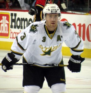 Stephane Robidas adds a veteran presence the Ducks backend covets.