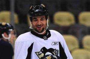 Penguins defenseman Deryk Engelland