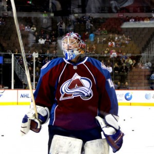 On Monday, former Colorado Avalanche goaltender Craig Anderson signed a 4-year extension with the Ottawa Senators (T Sanford/THW)