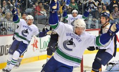 Canucks Muscle Past Kings 3-1