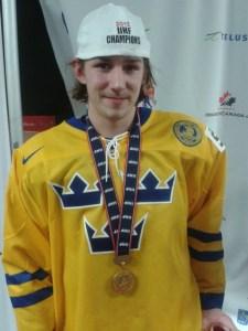 2012 Draft Eligible Sebastian Collberg of Team Sweden sports his Gold Medal (Chris Ralph/THW)