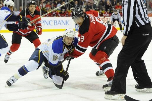 Scott Nichol and New Jersey Devils right wing Dainius Zubrus