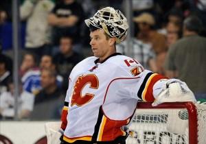 Miikka Kiprusoff's knee injury has caused some turmoil in Calgary's nets. (Jerome Miron-US PRESSWIRE)