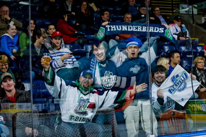 Fans of the Seattle Thunderbirds