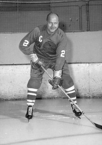 Lloyd Hinchberger, Nashville captain, challenged Knoxville coach Labelle.