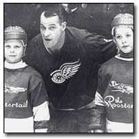 Gordie Howe with sons Mark and Marty.