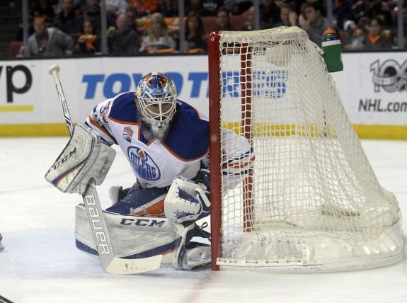 Edmonton Oilers goalie Cam Talbot