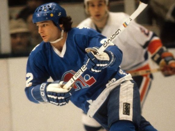 Dale Hunter of the Quebec Nordiques